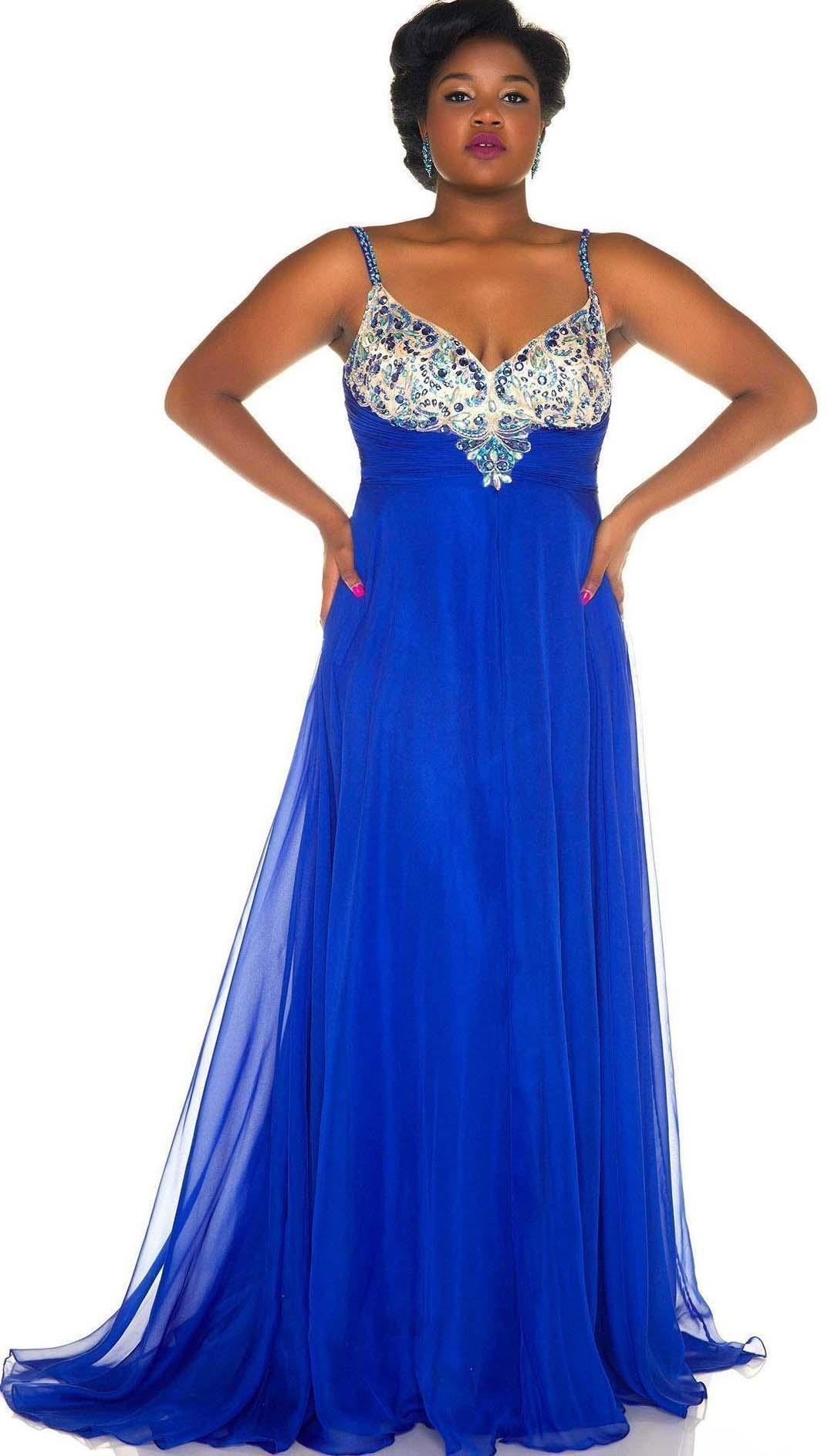 Mac Duggal 65053F Plus Size Gown | RissyRoos.com